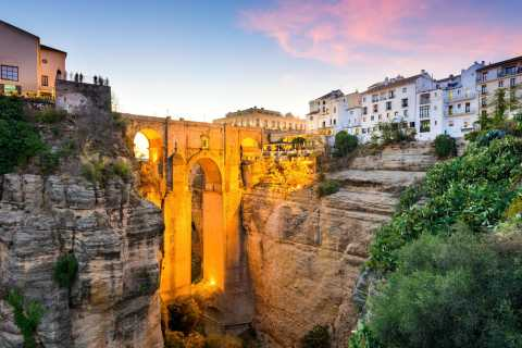 White Towns of Andalusia and Ronda: Day Trip from Seville