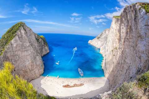 Private Tour of Navagio Shipwreck Beach and the Blue Caves