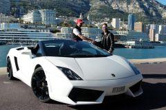 Passeio de Lamborghini saindo de Mônaco