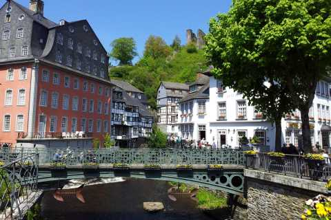 Fra Brussel: Tour of Cologne and Postcard Town of Monschau