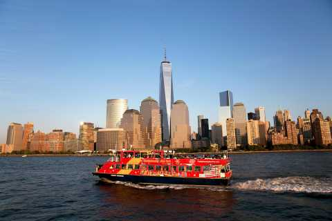 New York: ticket hop on, hop off-ferry & 1 of 3 attracties