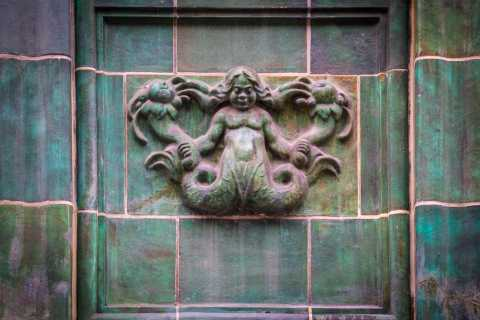 Mystical Hamburg: Walking Tour in German