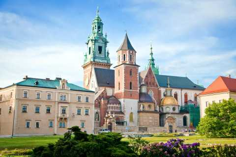 Wawel Cathedral Entry Ticket and Audio Guide Tour