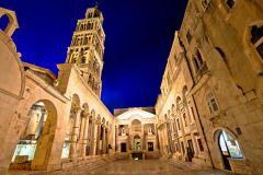 Excursão a Pé por Split e Monte Marjan