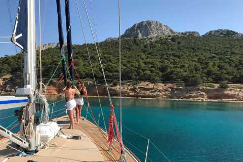 Atenas: cruzeiro de vela ao longo da costa