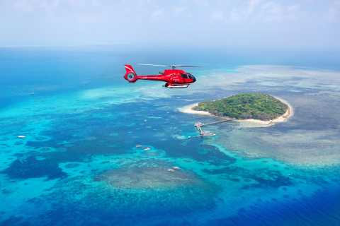 Cairns: Great Barrier Reef 30-Minute Helicopter Flight