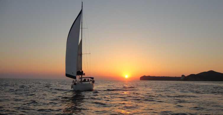 Caldera Santorini: crucero velero con comida y puesta de sol