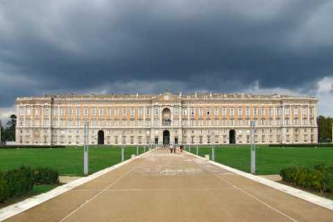 Naples: Private Transfer to Caserta Royal Palace