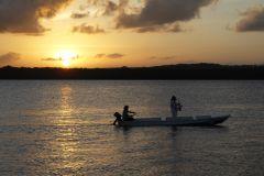 Excursão ao Pôr do Sol na Praia do Jacaré
