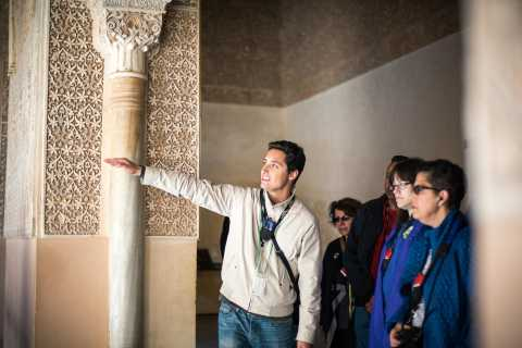 Alhambra and Nasrid Palaces Guided Tour