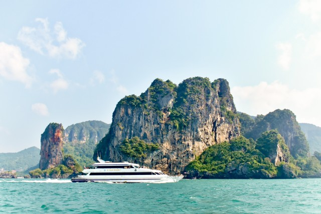 Ferry Transfer to Railay from Phuket, Phi Phi and Koh Lanta