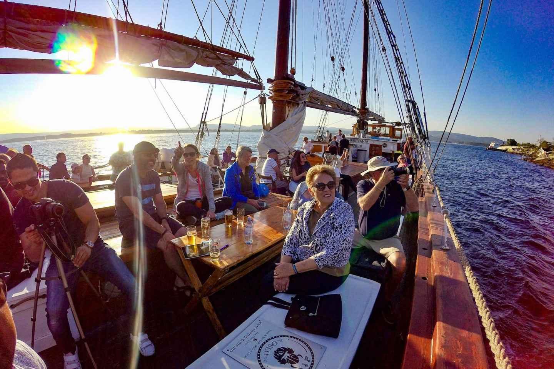 Oslo: Rundgang und Fjord-Bootstour mit norwegischem Buffet