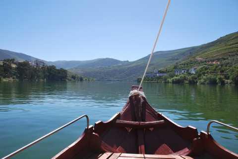 Pinhão: 2-Hour Rabelo Boat Tour with Audio Guide