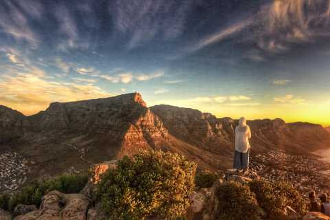Cape Town: 3-Hour Lion's Head Sunset Hike
