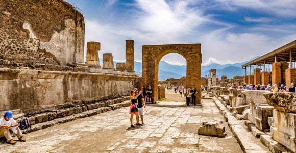 From Rome: Full-Day Pompeii and its Ruins