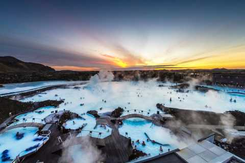 Small-Group Golden Circle & Blue Lagoon Tour with Admission