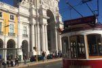 Lisbon: Old Quarter Highlights Tour