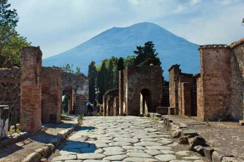 Naples: Ruins of Pompeii and Mount Vesuvius