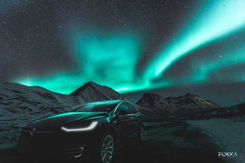 Tromso: Northern Lights x Tesla Experience