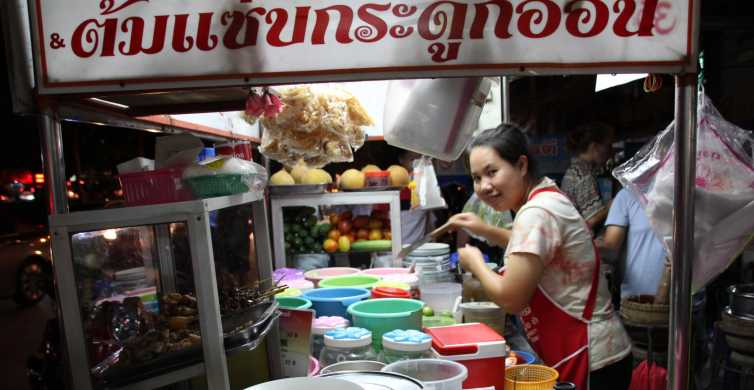 Chiang Mai: Evening Local Street Food Market Tour