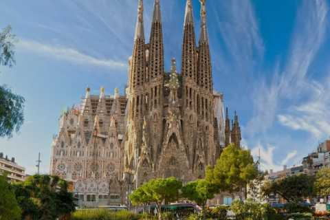 Sailing Experience, Sagrada Familia & Park Guell