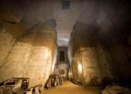 Neapel: Eintritt in Bourbonen-Tunnel