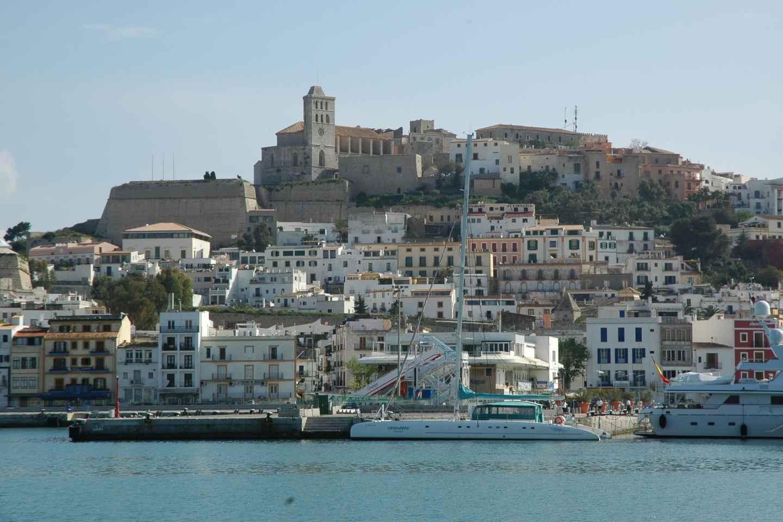 Ibiza: Tagestour mit Besuch eines Hippiemarktes