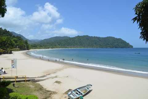 Port of Spain: Day Trip to Las Cuevas Beach
