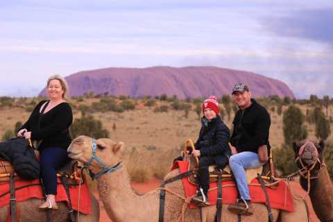 Uluru Sunset Camel Safari + Aussie Damper, Beer & Wine