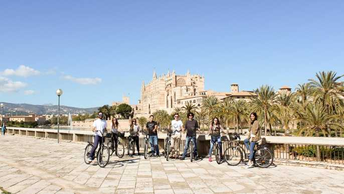 Palma de Mallorca Old Town Guided Bike Tour and Tapas