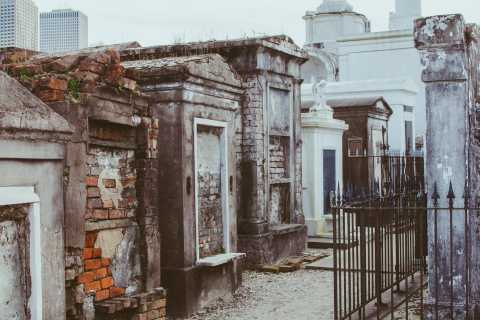 New Orleans: Voodoo & Cemetery Tour