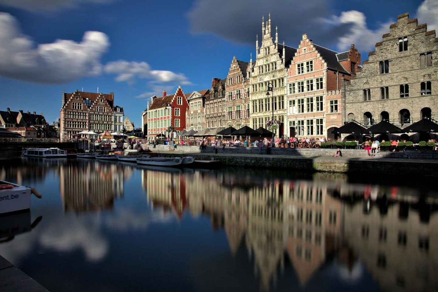 Ghent: 40-Minute Historical Boat Tour of City Center