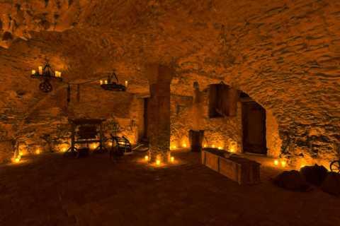 Prague: Old Town, Medieval Underground & Dungeon Tour