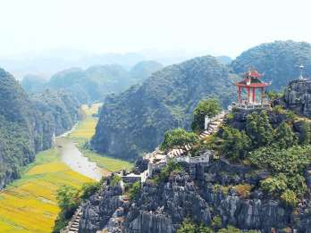 Tràng An, Hoa Lư und Mua Cave: Tagestour mit Mittagessen
