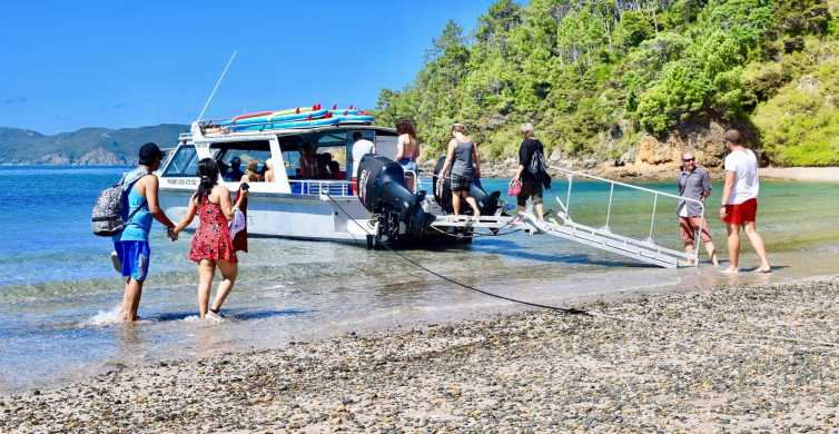 Bay of Islands: 5-Hour Day Cruise and Island Getaway Tour