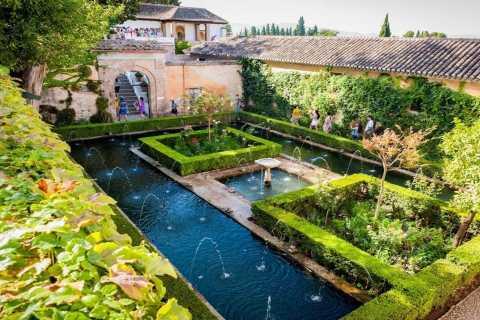 Granada: Alhambra & Generalife Fast-Track Entry