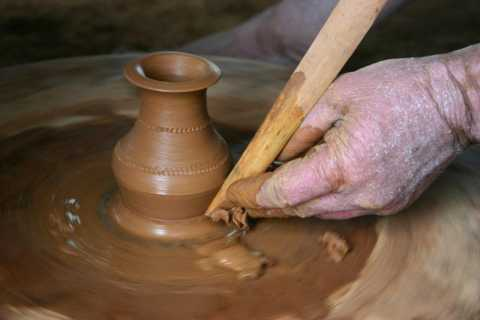 Luang Prabang: 3-Hour Pottery Workshop in the Countryside