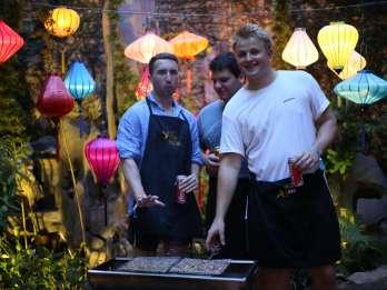 Hanoi: Kochkurs in einer örtlichen Villa mit Marktbesuch