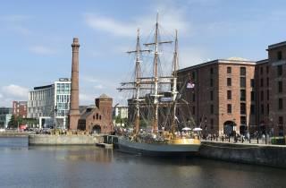 Liverpool: Führung am Flussufer