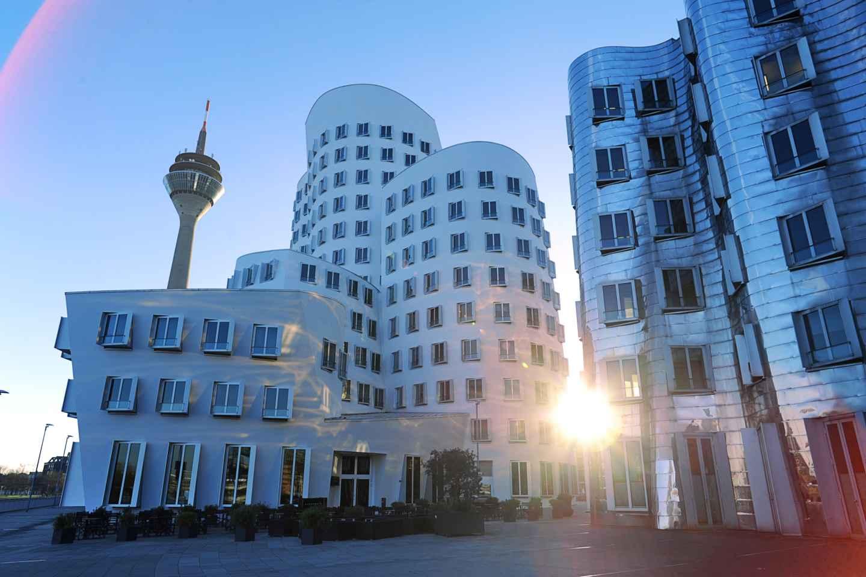 Düsseldorf: MedienHafen-Tour