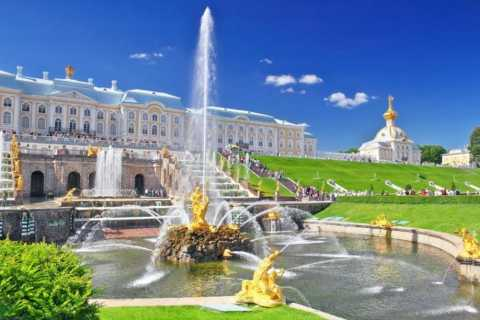 St Petersburg: Peterhof Tour with Return by Hydrofoil