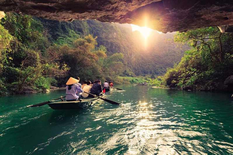 Fra Hanoi: Hoa Lu, Trang An og Mua Cave Full Day Tour