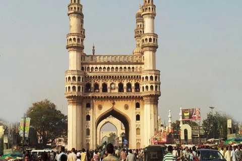 Hyderabad: City Tour privado con paseo en bote por la noche
