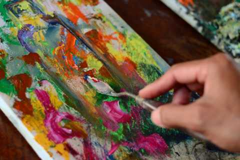 Siem Riep: Spoon Painting Class with Local Artist