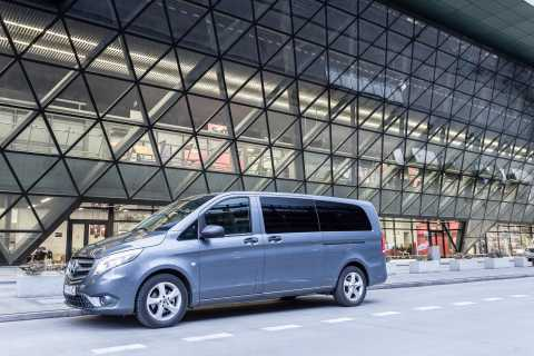 Krakow: Private Airport Transfer
