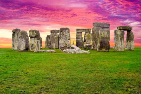 London: Stonehenge and Bath Full-Day Tour