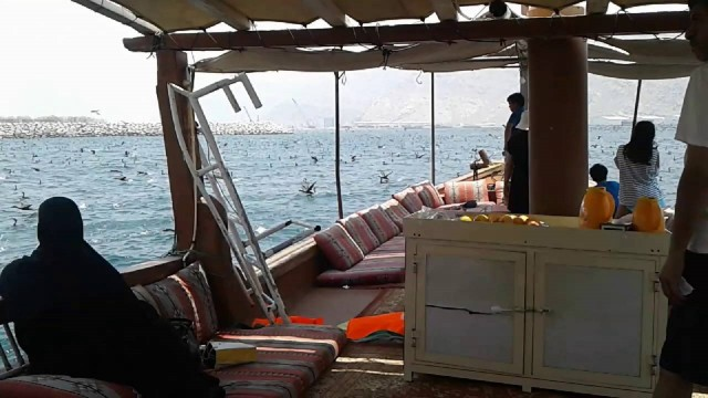 Khasab: Outdoor Camping met Dhow Cruise Tour