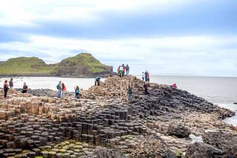 Giant's Causeway & Belfast City Tour from Dublin