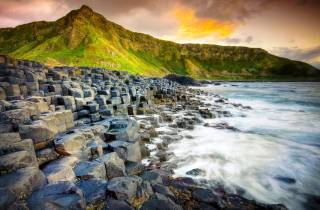 b Belfast: Giant's Causeway & Game of Thrones Drehorte