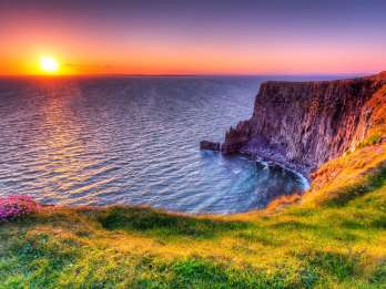 Cliffs of Moher & Galway: Tagestour ab Dublin